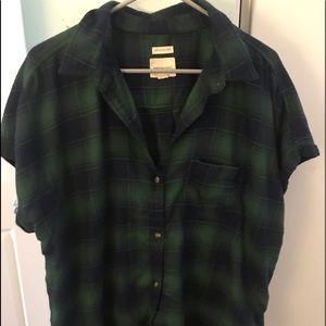 Woman's xl short sleeve flannel